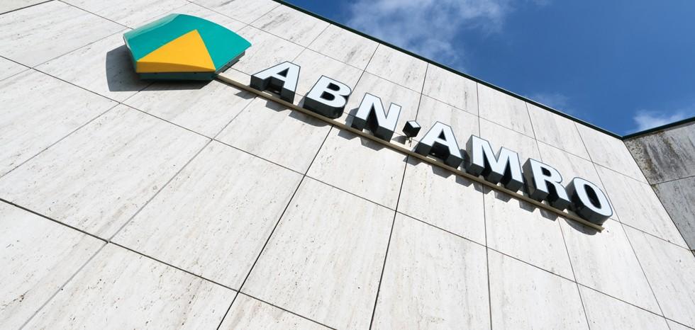 ABN AMRO stelt voorspelde economische krimp bij